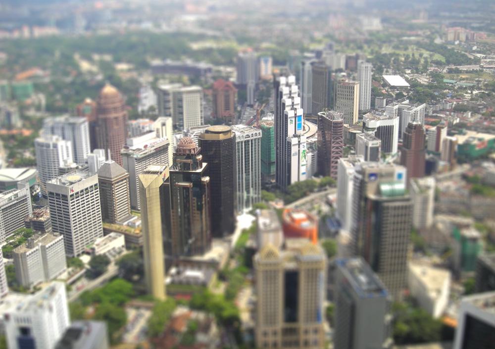 Tilt shift-effekt i photoshop av en bild över Kuala Lumpur